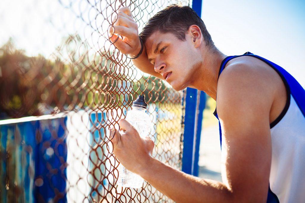спортсмен не испытывает уверенности в себе