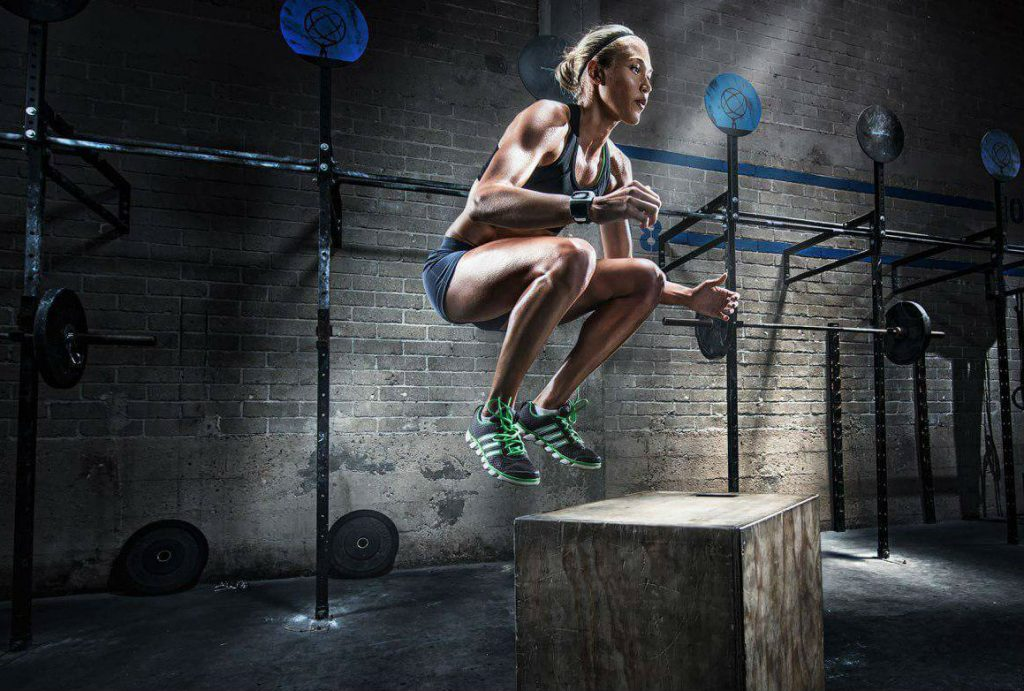 Спортсменка сконцентрирована на усилении уверенности в себе