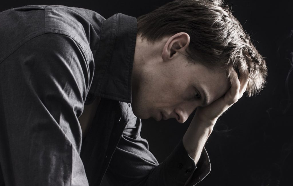 спортивная аддикция сопровождается депрессией это один из симптомов