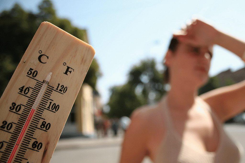 чем опасен бег в жару