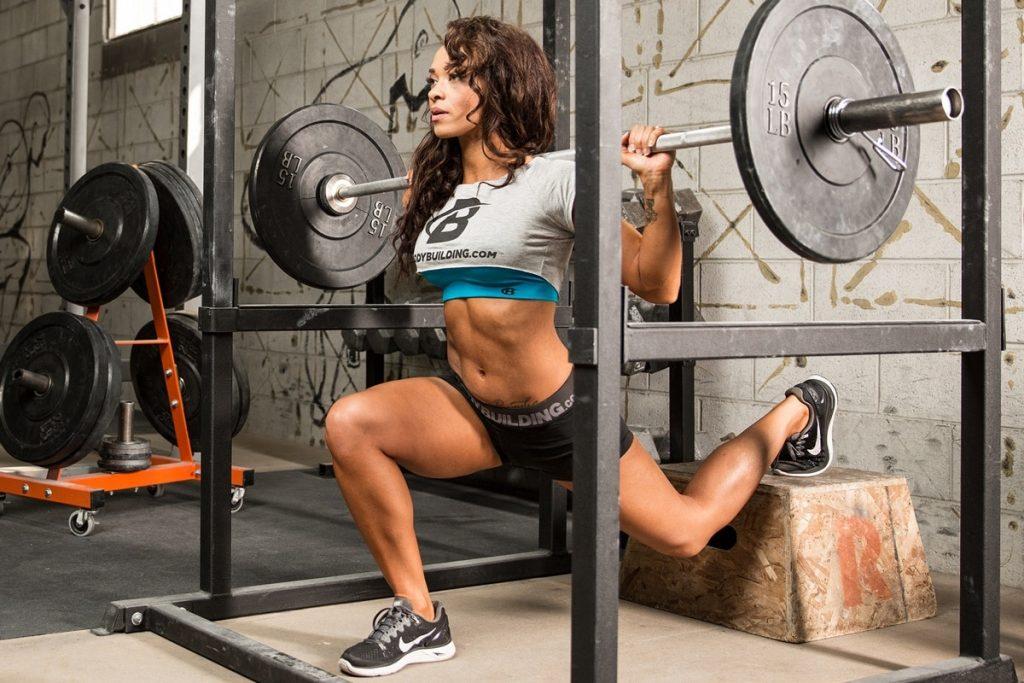 Тренировки с отягощением полезны для вашей фигуры и здоровья
