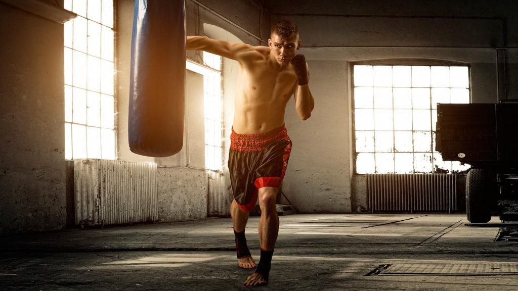 спорт помогает справиться с эмоциями