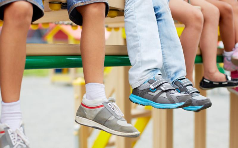 Кроссовки для физкультуры