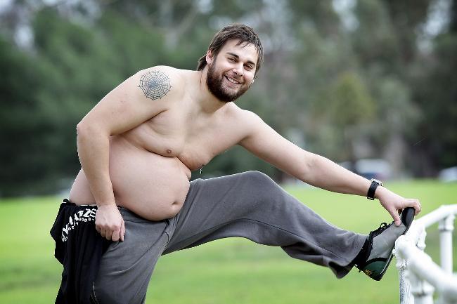 Австралиец пол Джеймс - Из качка в жирдяя и обратно. Шокирующий эксперимент!