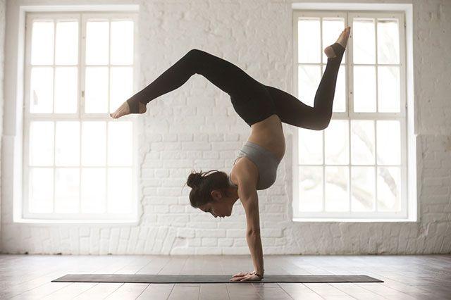 ТОП 7 самых сложных асан в йоге.