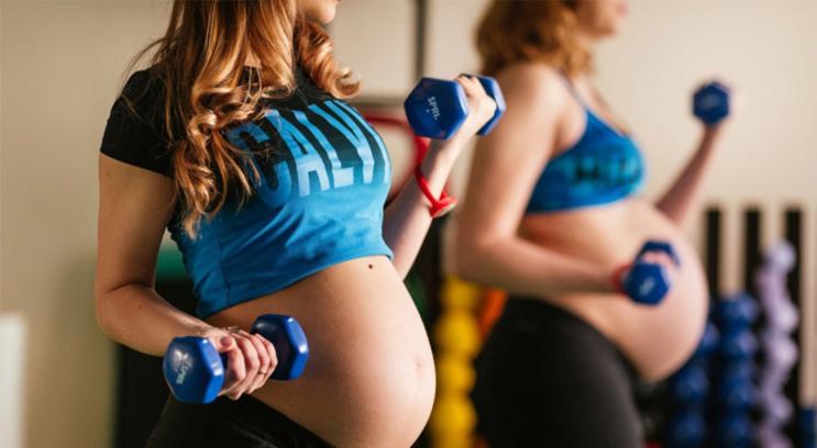 10 правил для безопасных тренировок во время беременности